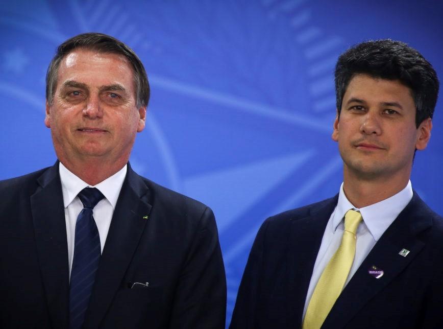 Bolsonaro ao lado do presidente do BNDES, Gustavo Montezano