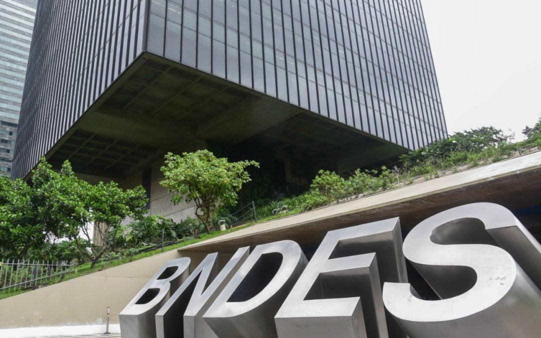 Câmara aprova empréstimo de R$ 50 mil a micro e pequenas empresas via maquininha